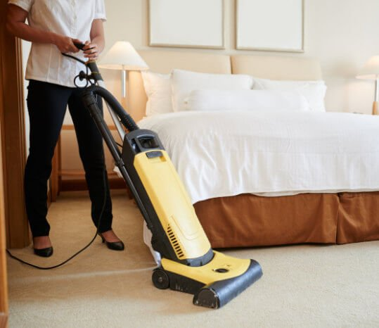 Sweep House Cleaning